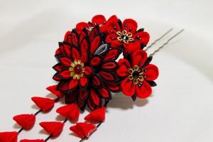 菊花と小花の寄せかんざし 赤黒 (2014.11)