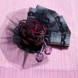 ねじり梅のコサージュ。 2wayのクリップとブローチ金具です。 (2013.12)