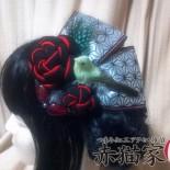 ねじり梅とトリ。 卒業式の袴に合わせたカラーでオーダーいただきました。 朱赤と緑の古典配色  (2013.02)