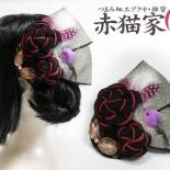 ねじり梅とトリのヘッドコサージュ(2013.04)