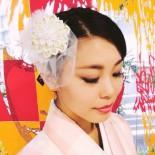 変わり菊の2wayコサージュ:お客様(2014.10) 「変身 by Nippon Collection」にて。鈴木恵梨佳さんに赤猫家の2wayコサージュをお買い上げいただきました♪